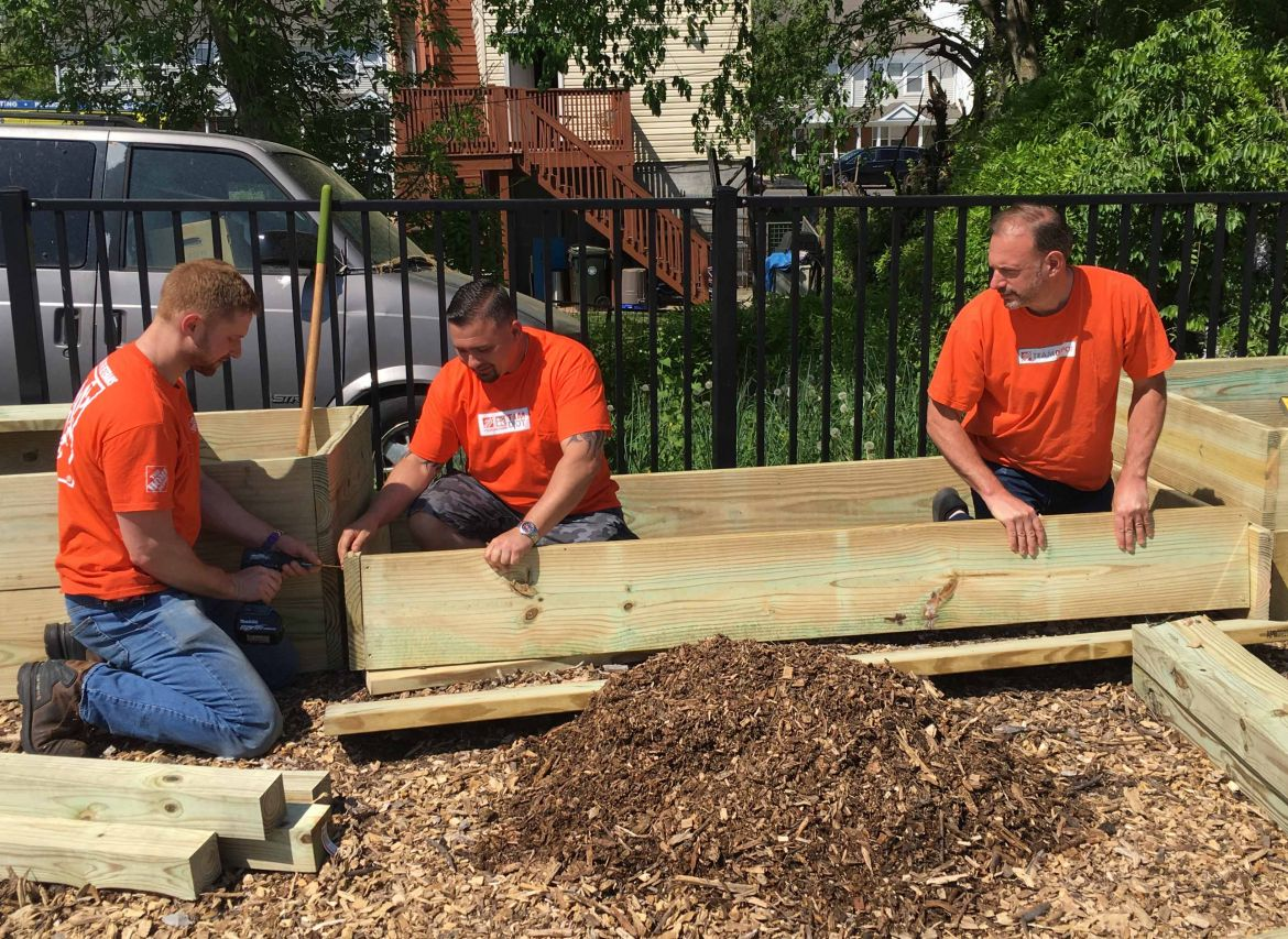 Home Depot Brings Its Team to Promise Garden